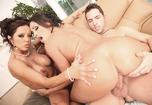 MILF Pussy Cramming with Claudia Valentine and Francesca Le