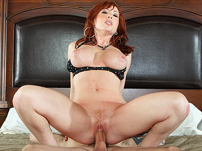 MILF Brittany O'Connell Humps a Big Cock